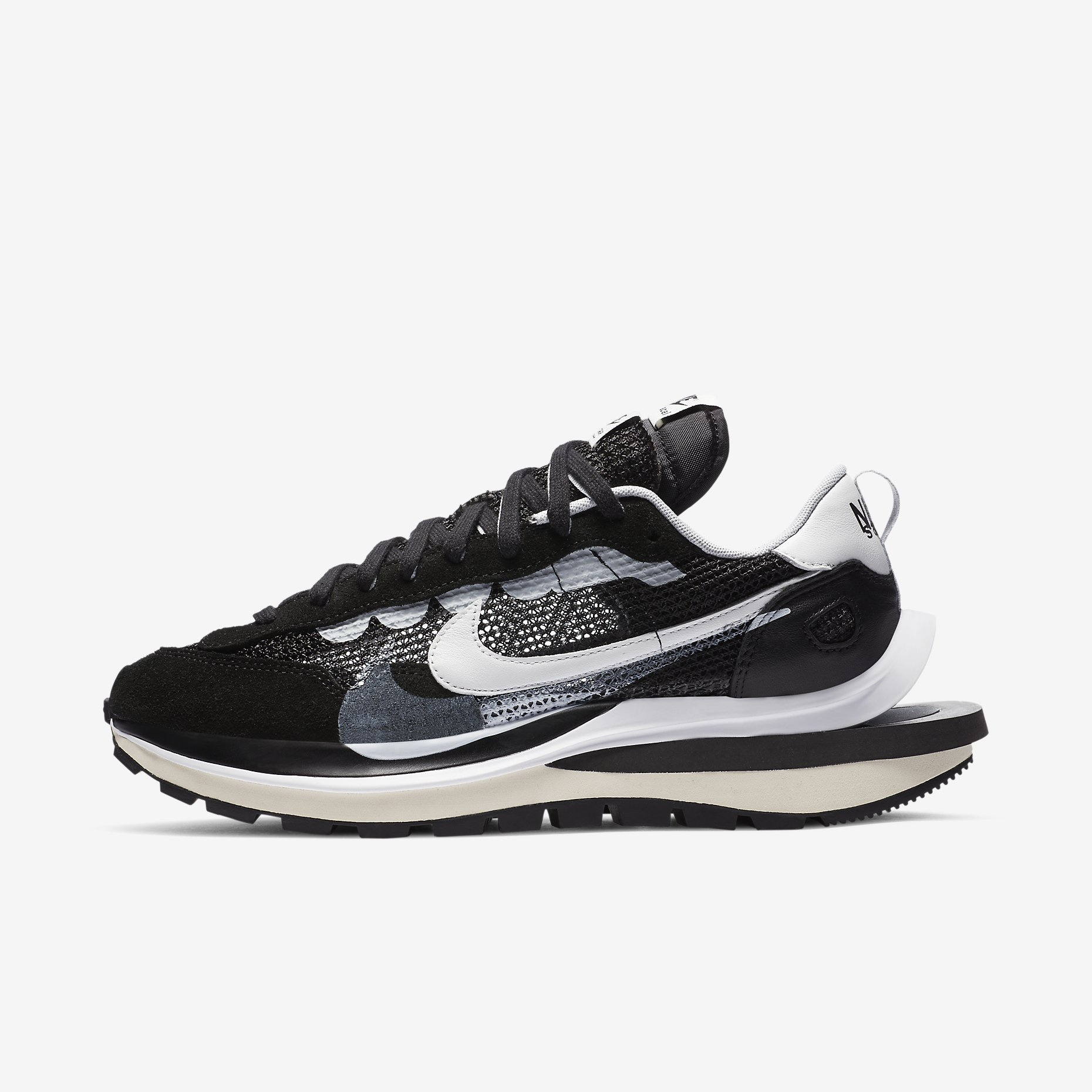 Nike x Sacai VaporWaffle 'Black/White'}