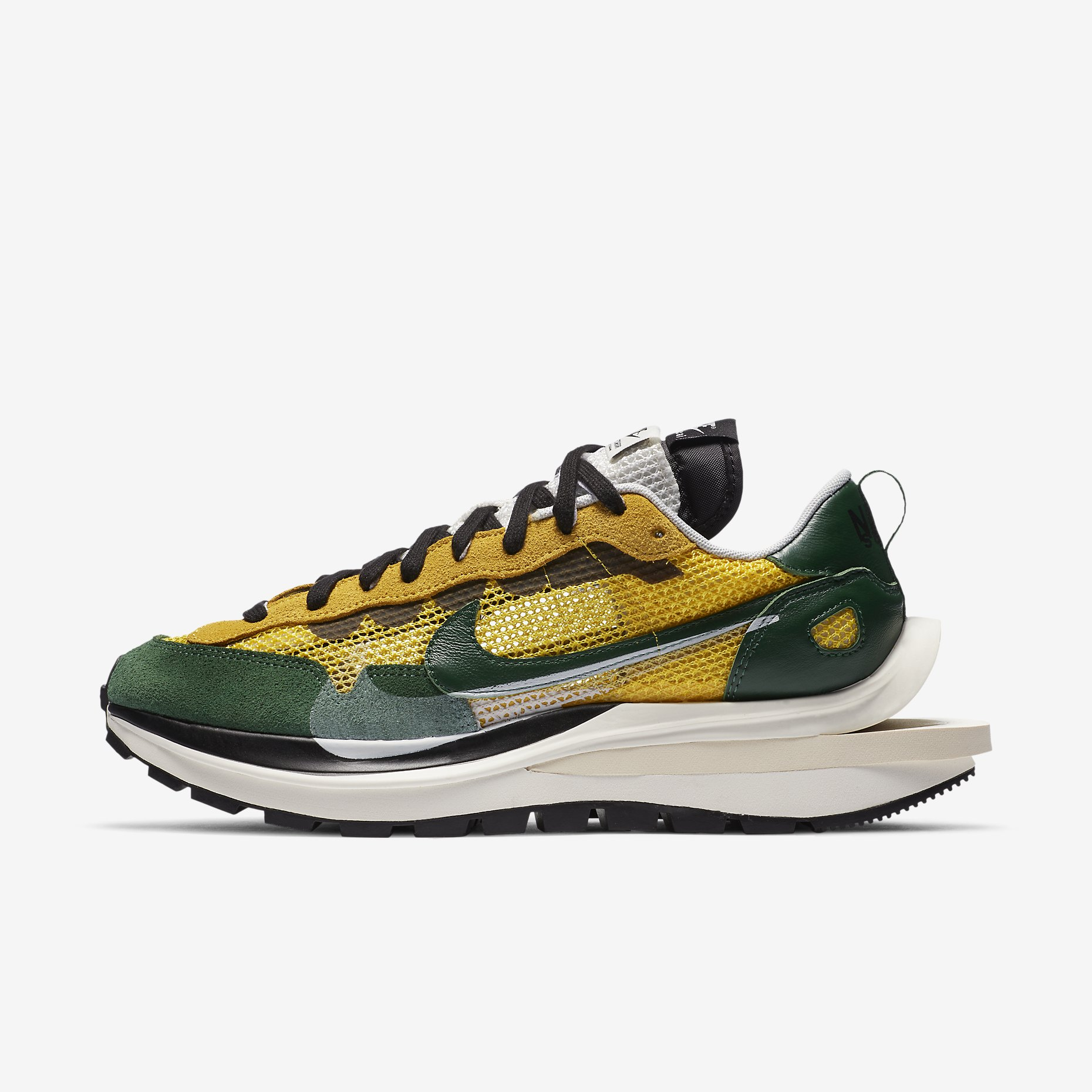 Nike x Sacai VaporWaffle 'Tour Yellow Stadium Green'}