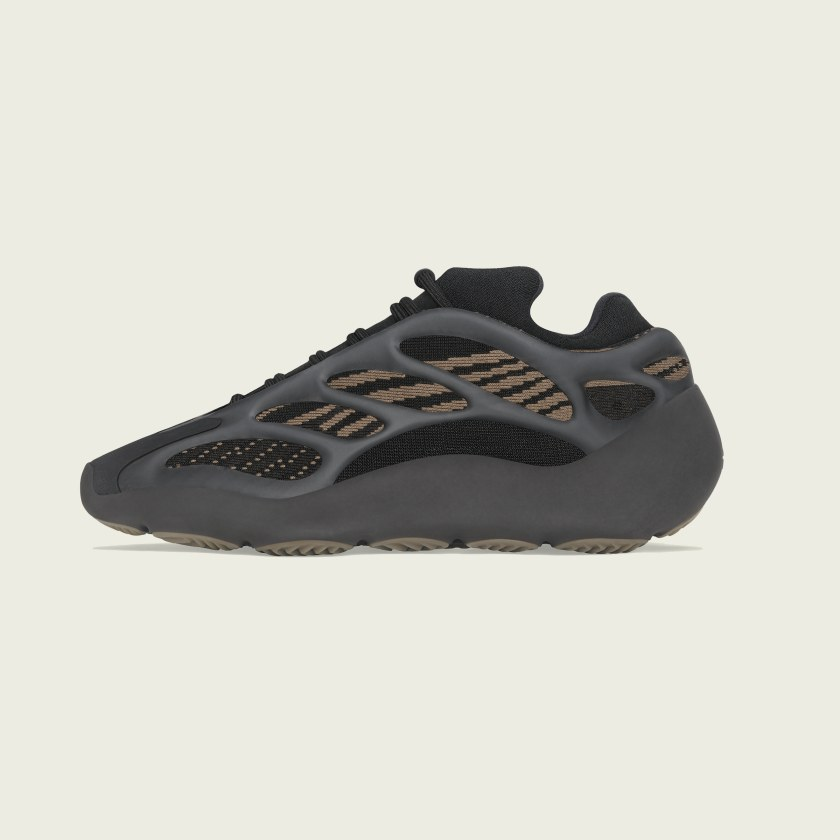 adidas Yeezy 700 V3 'Clay Brown'}